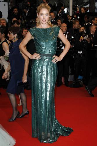 Ducen Kros u haljini marke Elie Saab