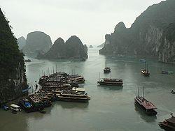Zaliv Halong u Vijetnamu