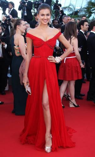 Irina Šejk u haljini marke Roberto-Cavalli